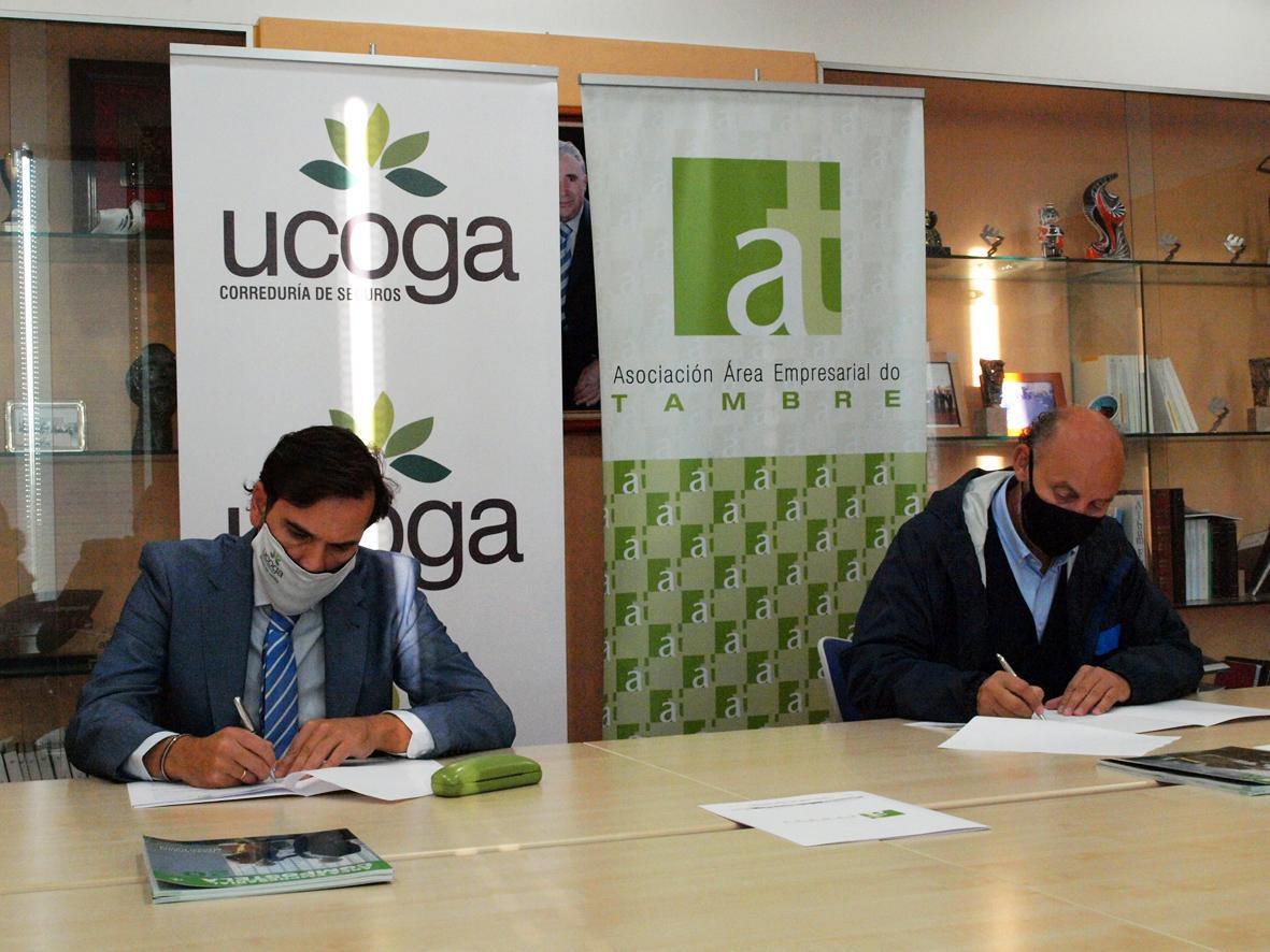 Firma convenio Ucoga - AAET